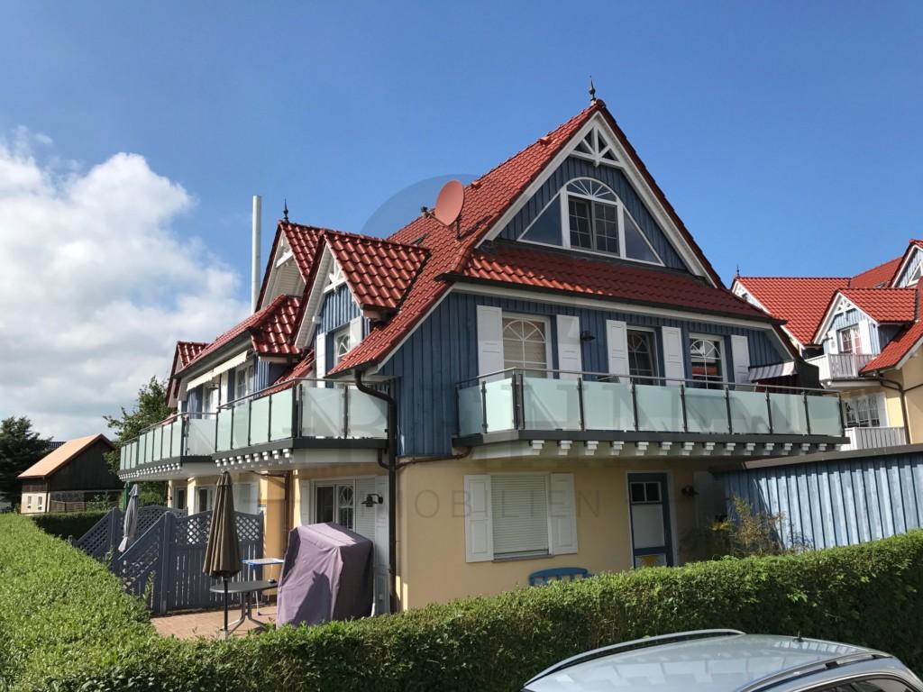 wohnung mit zwei balkonen in der fritz reuter str grehn immobilien. Black Bedroom Furniture Sets. Home Design Ideas